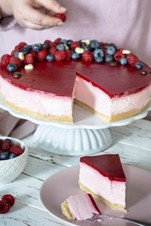 No-Bake-Valentinstag-Cheesecake