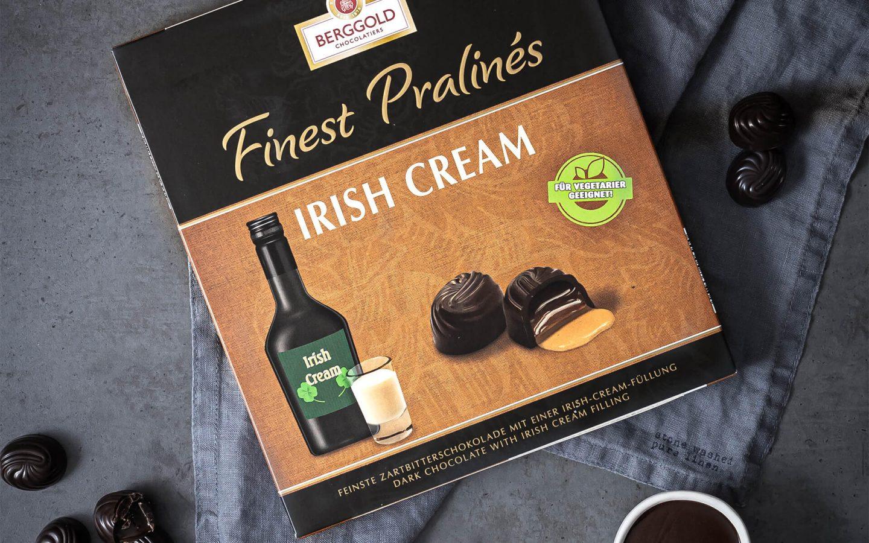 Pochierte Birnen mit beschwipster Irish-Cream Schokoladensoße
