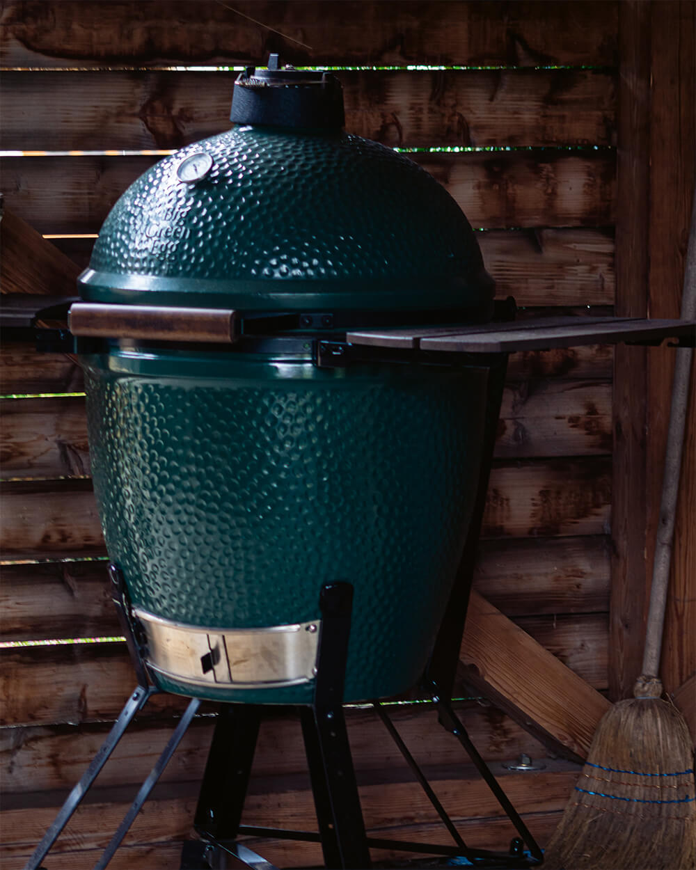 Food & Specials - Green Egg