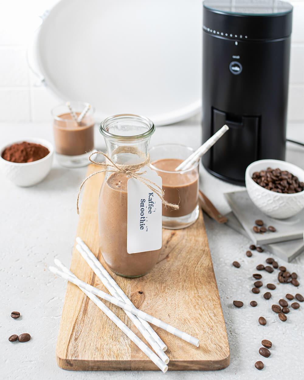 Kaffee-Smoothie mit frisch gemahlenem Kaffee