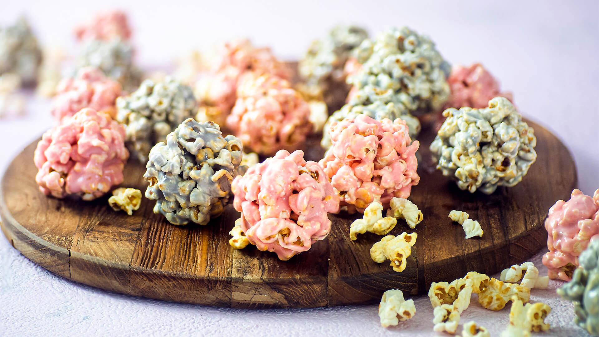 Bunte Popcorn Balls – Geschenke aus der Küche