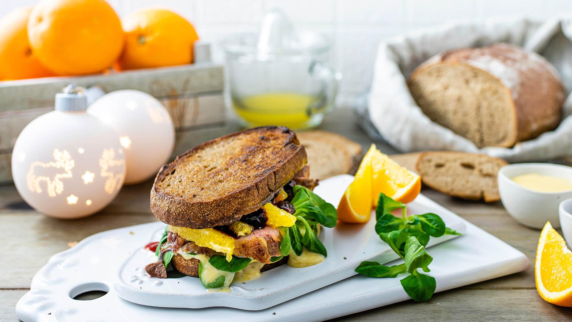 Weihnachts-Sandwich mit Entenbrust