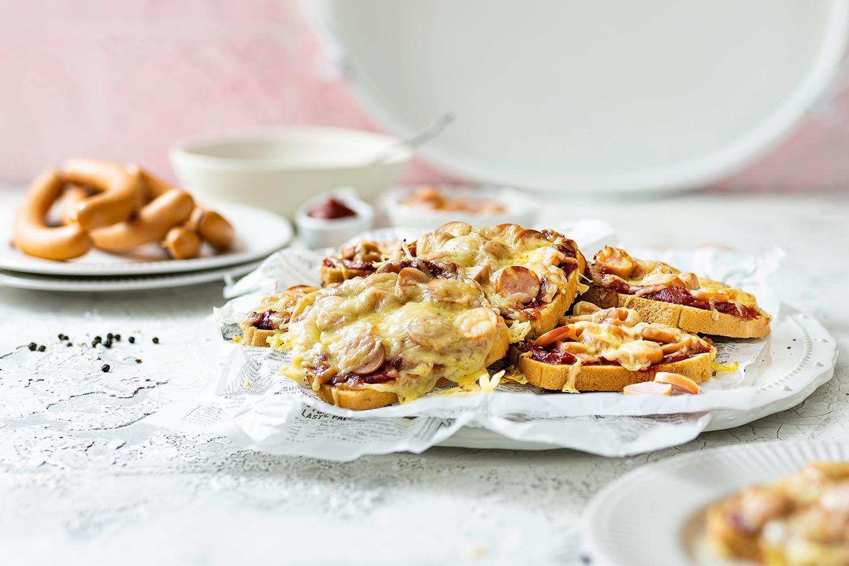 Pizza Toast mit Wiener Würstchen - ein 30 Minuten Rezept